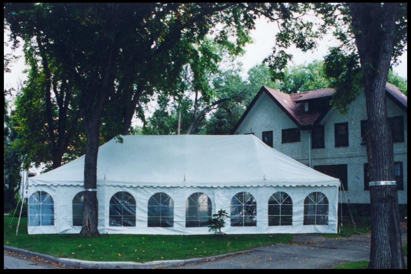 frame-tent-yard